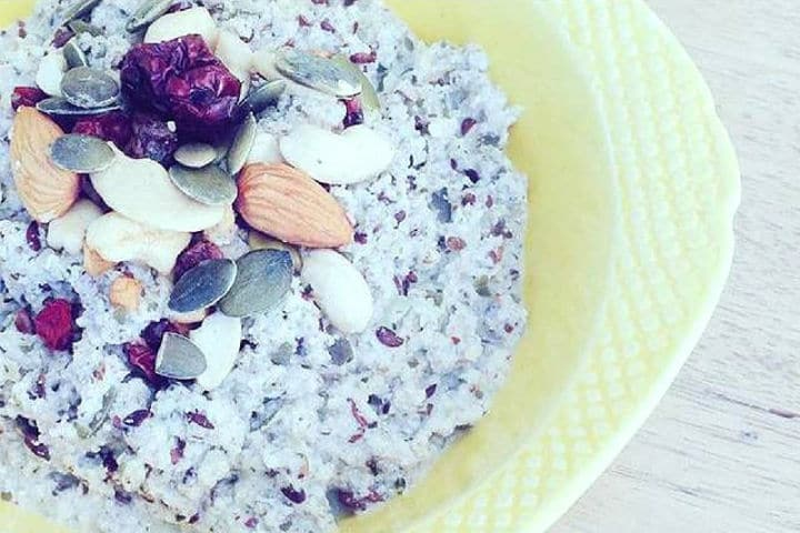 Thick and creamy nut and seed porridge (1)